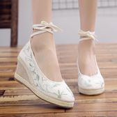 繡花鞋古風鞋子女漢服鞋黑色 黑紅色傳統古風古裝布鞋女 高跟坡跟舞蹈鞋 【時尚新品】