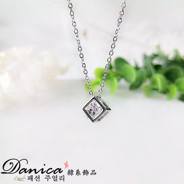 項鍊 現貨 韓國熱賣 閃亮立體簍空方塊水晶 項鍊(2色) S2169 批發價 Danica 韓系飾品 韓國連線