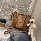 水桶包休閒包包大容量手提水桶包女包21新款時尚斜挎包百搭ins單肩包 快速出貨