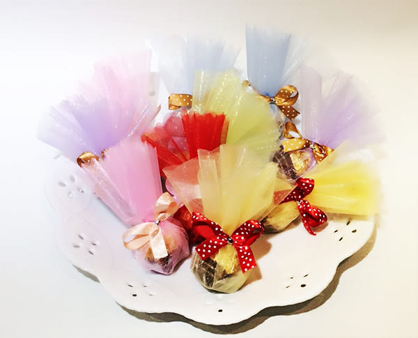 娃娃屋樂園~金莎巧克力喜糖(兩種包裝可選) 10個180元/婚禮小物/送客/會場佈置/求婚花束