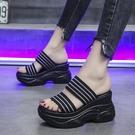 增高拖鞋 涼拖鞋女夏時尚外穿新款正韓百搭一字拖鞋厚底防滑增高女鞋潮-Ballet朵朵