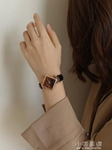 伴朵手錶女學生風復古文藝韓版簡約皮帶小錶盤石英錶女士『小淇嚴選』