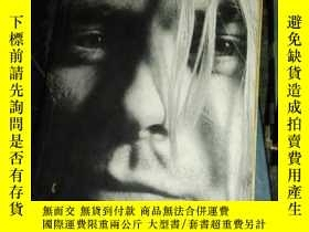 二手書博民逛書店《比天更重罕見庫爾特柯本傳記》 heavier than heaven A biography of Kurt C
