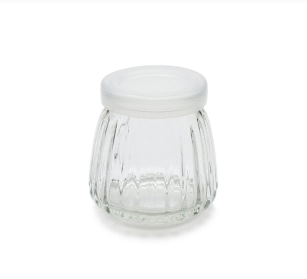 附蓋 100cc 玻璃小條紋瓶 奶酪布丁杯 果醬瓶 布蕾杯 婚禮小物 蜂蜜瓶 玻璃瓶 保羅瓶【T055】