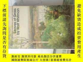 二手書博民逛書店LEAVES罕見OF GRASS BY WAIT WHITMAN