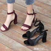 新款中跟粗跟黑色學生百搭露趾一字扣帶羅馬高跟鞋女 露露日記