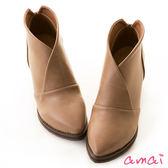 amai美型交叉V口尖頭粗跟踝靴 咖