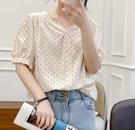 【女裝】V領點點上衣 精明時尚五分袖 小...