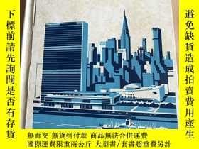 二手書博民逛書店Lands罕見and peoples(英文原版)Y208076 Lexicon Publications
