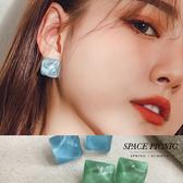 耳環 Space Picnic 水波紋方型耳針耳環(現貨)【C19054006】