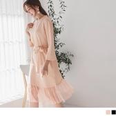 《DA7077-》小立領坑條設計拼接網紗裙擺寬袖洋裝 OB嚴選