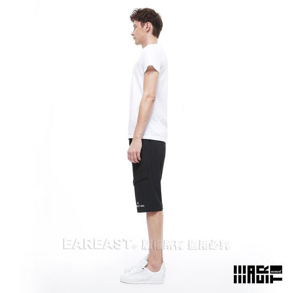 EAR EAST 男款 Logo印花五分褲-黑