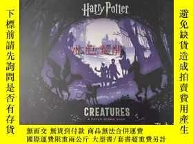 二手書博民逛書店訂購罕見哈利波特人物紙雕情景書 英版 Harry Potter
