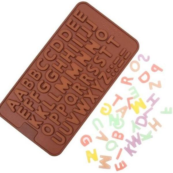 【BlueCat】扁平雙字英文字母巧克力果凍矽膠模具 製冰盒 (56格)