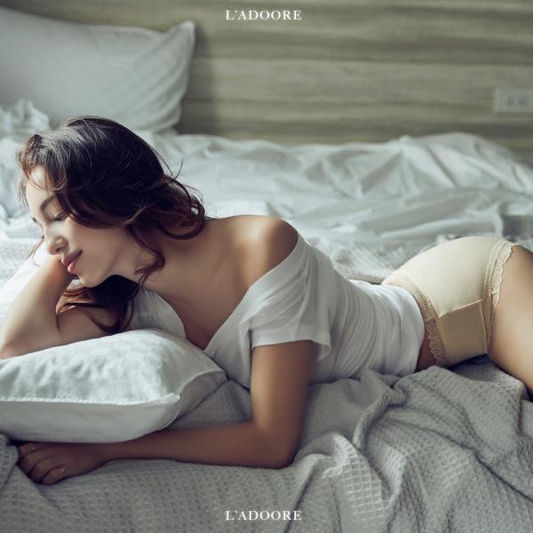 Ladoore PURE 宛若新生 透氣抗菌無痕內褲 (裸)