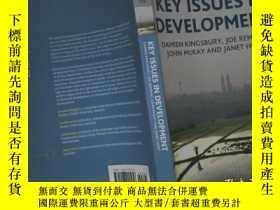 二手書博民逛書店KEY罕見ISSUES INY204315 。 。