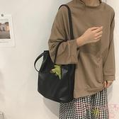 包包女大包時尚單肩托特包大容量學生購物袋包【聚可愛】