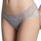 思薇爾-花蔓V型系列M-XL蕾絲低腰三角內褲(飛揚灰)