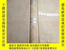 二手書博民逛書店The罕見Nega-tive(A NOVEL)(精裝英文原版 1993年一版)Y354192 MICHAEL
