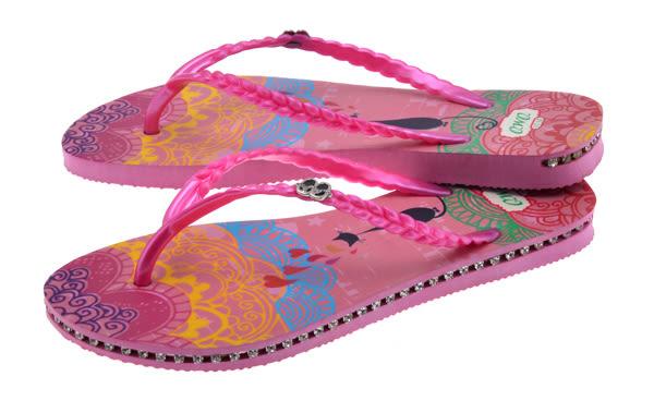 QWQ創意鞋- 心心相印 施華洛世奇水鑽夾腳人字拖鞋-黑 (卡波斯系列 )
