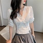 衣服新款夏季泡泡袖v領棉麻白色亞麻棉不規則高腰短款上衣女