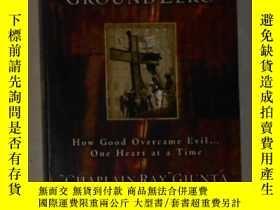 二手書博民逛書店英文原版罕見God @ Ground Zero by Ray G