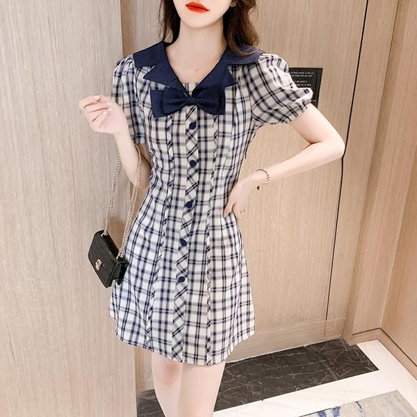 VK精品服飾 韓國風名媛蝴蝶結V領格紋氣質優雅短袖洋裝