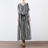 洋裝-長款寬版時尚黑白條紋雪紡女連身裙73sm28【巴黎精品】