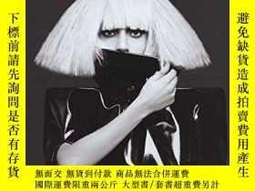 二手書博民逛書店Lady罕見Gaga - The Fame MonsterY256260 Lady Gaga Hal Leon