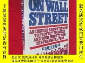 二手書博民逛書店Mugged罕見on Wall Street:An Insider Shows You How to Protec
