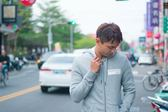 【蟹老闆】Calvin Klein CK 男外套 白長方LOGO 灰色