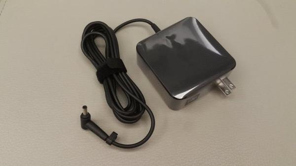 華碩 ASUS 65W 原裝新款 變壓器 充電器 電源線 UX430 UX430U UX430UQ UX430UN X542 X542U X542UR X510U X510UQ