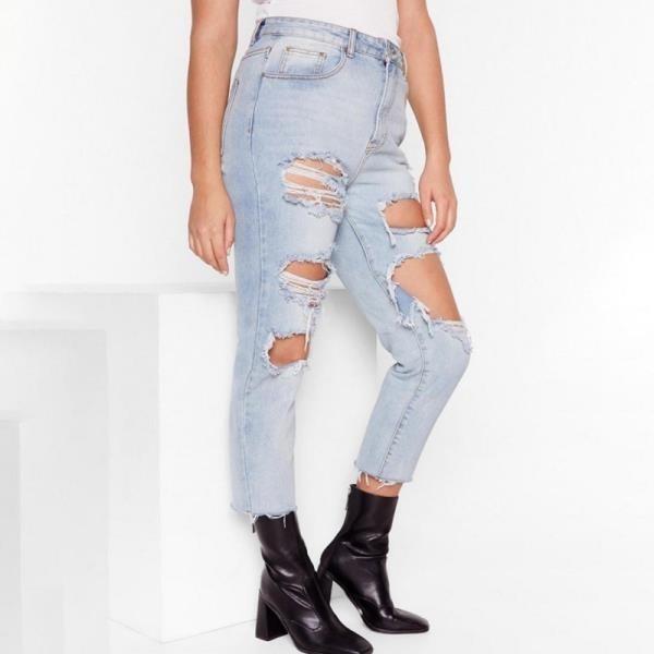 【南紡購物中心】《D Fina 時尚女裝》 【大尺碼】超性格 毛邊下擺與破洞風牛仔褲