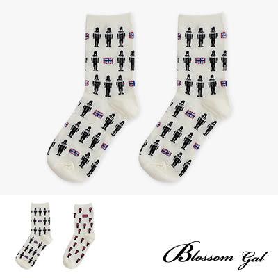 Blossom Gal 英國皇家衛兵造型短襪(共兩色)