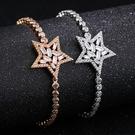 《 QBOX 》FASHION 飾品【B100N982】 精緻氣質五角星鑽鋯石鍍白K金手鍊/手環