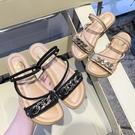 可兩穿.MIT韓版時尚亮眼金屬鍊Z字系帶平底涼鞋.白鳥麗子