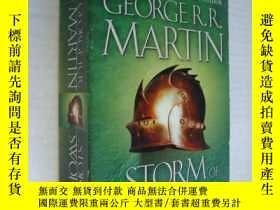 二手書博民逛書店A罕見Storm of Swords : Blood and G