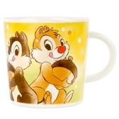 小禮堂 迪士尼 奇奇蒂蒂 馬克杯 陶瓷杯 咖啡杯 茶杯 水杯 250ml (棕黃 抱松果) 4548626-08291
