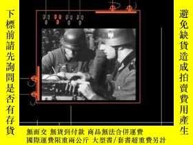 二手書博民逛書店Hitlers罕見Spies: German Military Intelligence In World War