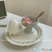 藤條花花邊浮雕餐盤碟子陶瓷盤復古餐具【千尋之旅】