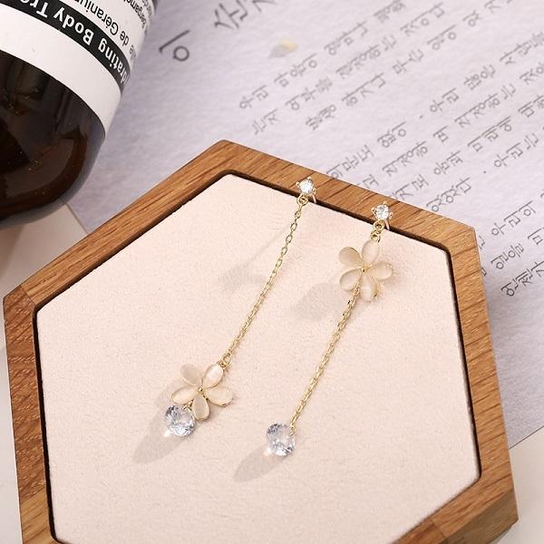 【NiNi Me】現貨 耳環 氣質甜美花朵水鑽鋯石925銀針耳環 耳環 N0574