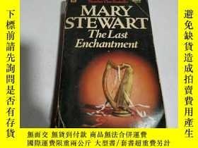 二手書博民逛書店英文版:MARY罕見STEWART The Last Encha