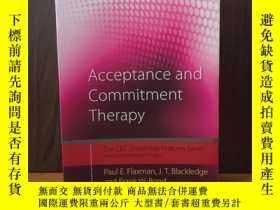 二手書博民逛書店Acceptance罕見and Commitment Therapy: Distinctive Features
