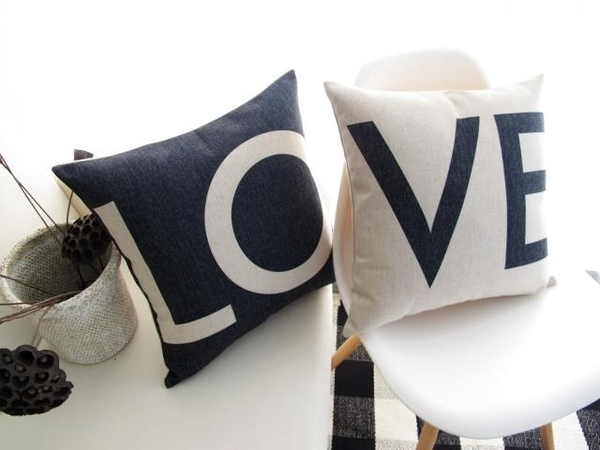 可愛時尚結婚禮物 創意家居裝飾抱枕11 (一對含枕心)