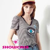 【SHOWCASE】閃耀亮片眼神條紋修身T恤(黑白條紋)