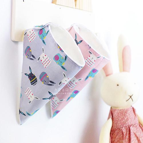 韓國空運mango tango小兔子印花絨毛口水巾三角巾 兒童口水巾 加絨