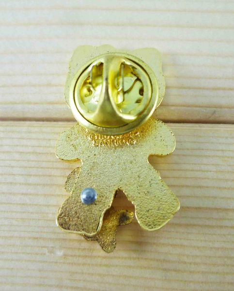 【震撼精品百貨】Hello Kitty 凱蒂貓~KITTY造型徽章-綠散步