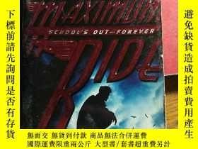 二手書博民逛書店Maximum罕見Ride : School's Out-For