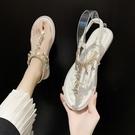涼鞋女仙女風2021年夏季新款網紅時尚百搭水鑚平底夾腳羅馬沙灘鞋 黛尼時尚精品