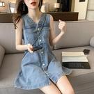 復古V領牛仔連衣裙女春夏2021新款韓版小個子收腰顯瘦無袖背心裙「時尚彩紅屋」